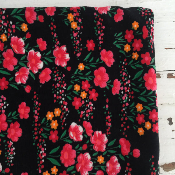 Huge VINTAGE Velvet Velour FABRIC Craft Floral Retro Sewing