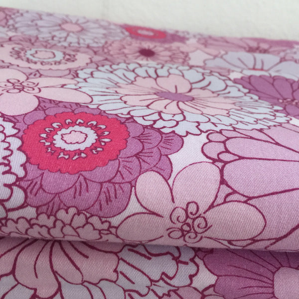 NEW 150cms Wide Fabulous Cotton Fabric Floral Retro Design Exclusive to Pink Peacock