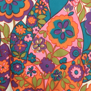 Vintage Style BRIGHT Floral Cotton Fabric CRAFT Sewing Quilting