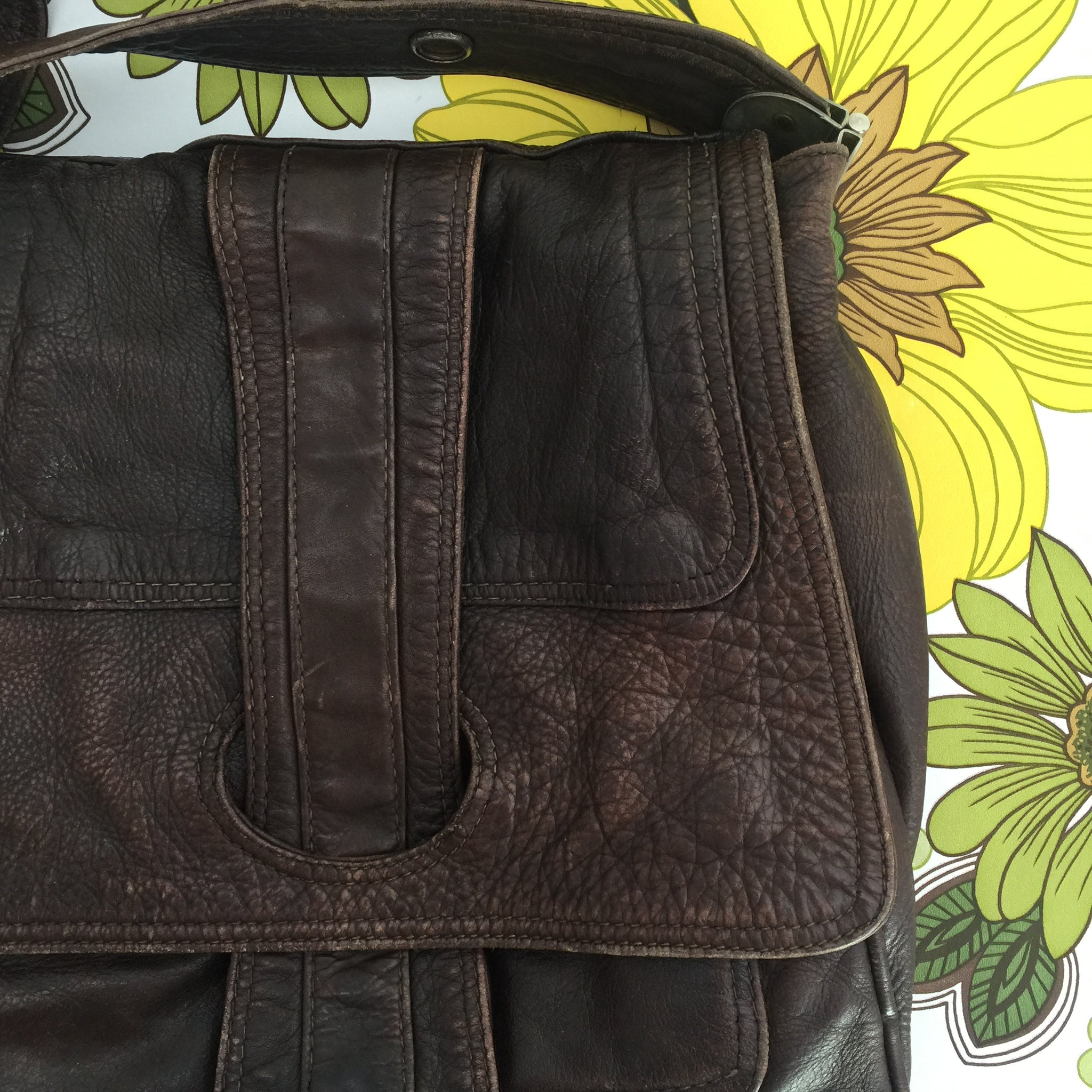 RUSTIC Leather Handbag COOL Bag Vintage Find