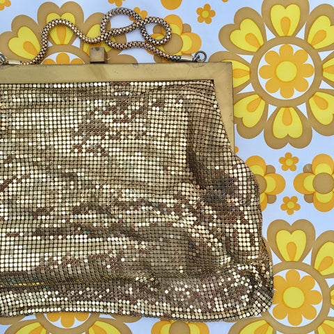 AMAZING Vintage Handbag GREAT Handle Disco Glam GOLD
