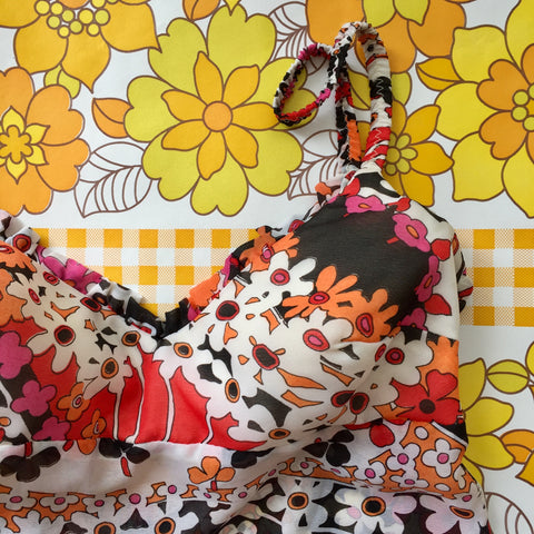 VINTAGE Swimwear COOL FABRIC 70's FLORAL FABRIC Adorable COSTUME Party