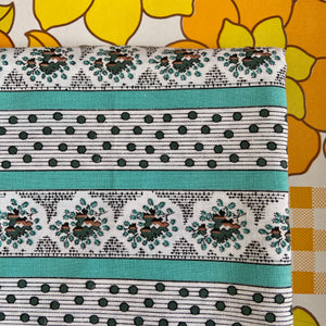 All Cotton Vintage Fabric Polka Dot Greens FLORAL QUILTING Sew