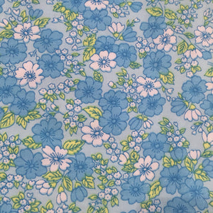 SWEET Floral Blue Vintage Fabric ~ Perfect for Quilting LARGE ~ BE CREATIVE!