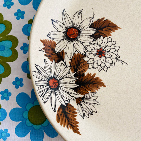 x 2 Johnson Australia Plates PAIR - Two Floral Retro 70's Kitchen