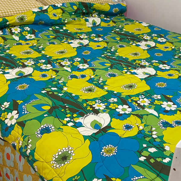 SPECIAL Bright Perfect Vintage Retro Sleeping BAG Awesome Camping Caravan