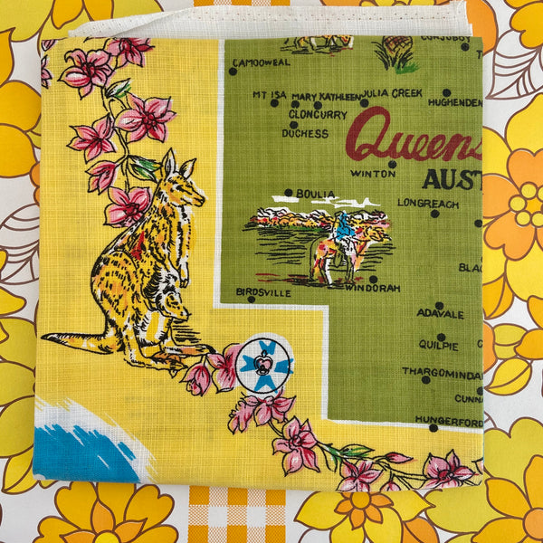 QUEENSLAND UNUSED Linen Souvenir TABLE CLOTH Retro Home