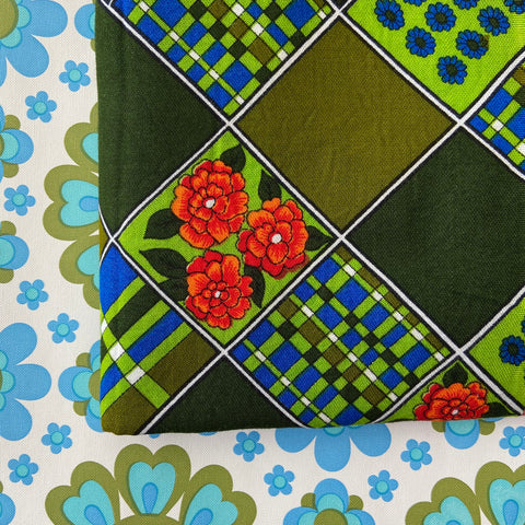 OMG Sweet Vintage Cotton Fabric CRAFT SEWING Bright Greens - 185cms