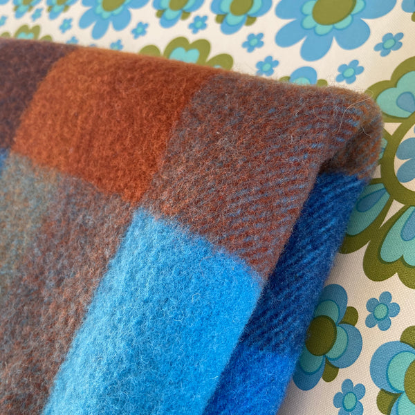 Picnic ONKAPARINGA Pure NEW WOOL Blue Checked Blanket VINTAGE