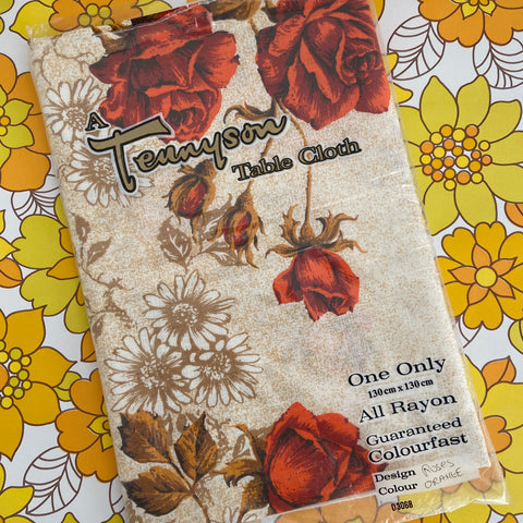 TENNYSON Table CLOTH UNUSED Floral Caravan RETRO KITCHEN