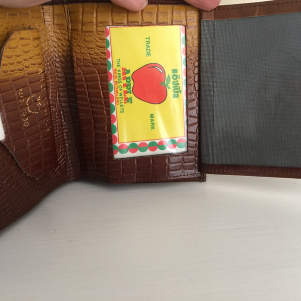 COOL Mens Wallet As new Brown Textured APPLE Leather Embossed - Pink Peacock  - 3