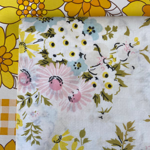 Cute Vintage Cotton Sheet FLORAL 70's Craft Sewing FUN