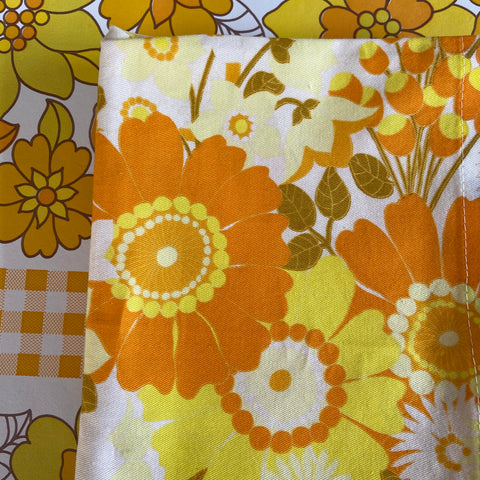 Beautiful VINTAGE Retro Curtain Panels ALL COTTON Bright & Clean