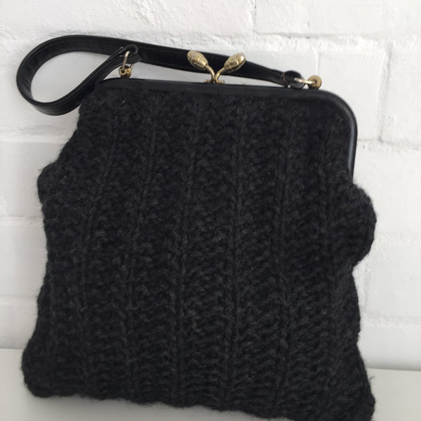 VINTAGE Knitted Handbag Tote So Cute Market Day Bag