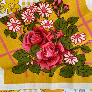 UNUSED Retro Floral Tea Towel Made in Romania