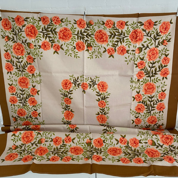 STUNNING Crisp Bright Table Cloth Caravan Camping