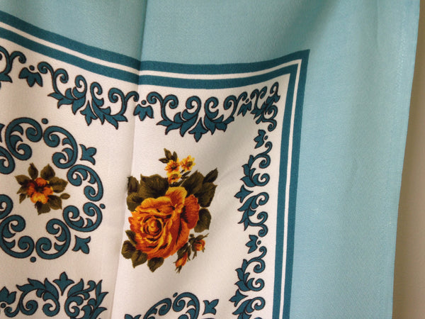 Vintage Blue, Yellow &  White Cotton Table Cloth Large - Pink Peacock  - 5