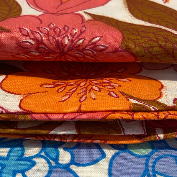 FAT QUARTER Unused Retro Floral 70's Sheet FABRIC All Cotton PINKS