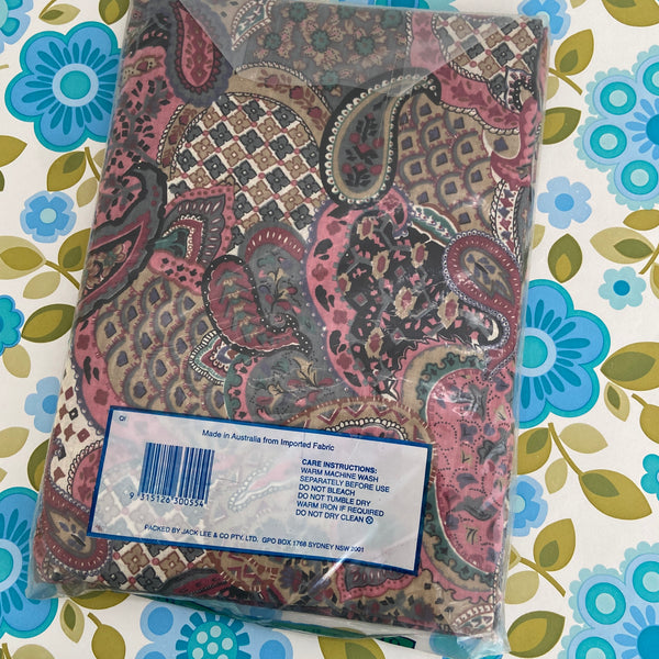 QUEEN BED Fitted Sheet FABRIC Retro PAISLEY
