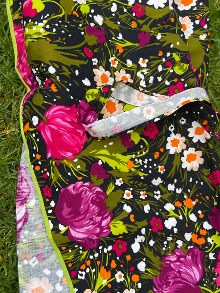 FULL APRON Cotton Bright AS New Retro Floral Fabric