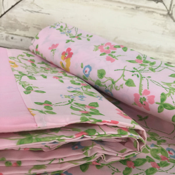 UNUSED Vintage Pair FLORAL Pillow CASES Cotton Pink GIRLS ROOM - Pink Peacock  - 3