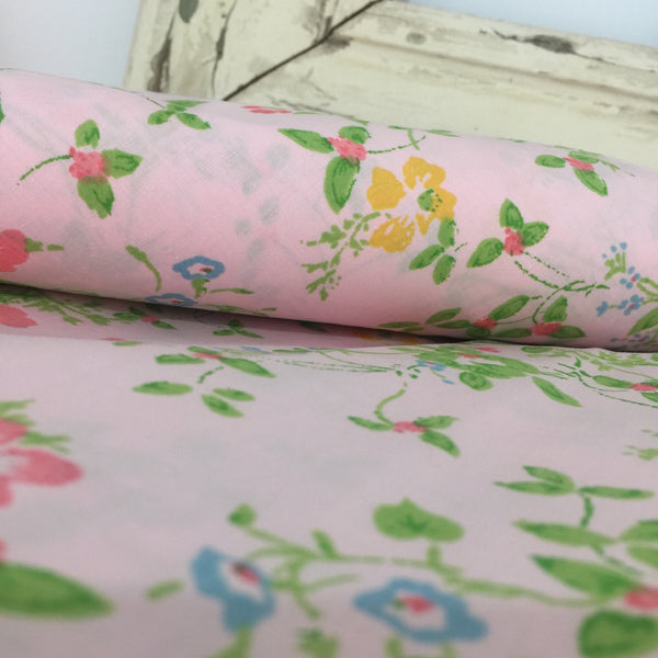UNUSED Vintage Pair FLORAL Pillow CASES Cotton Pink GIRLS ROOM - Pink Peacock  - 1