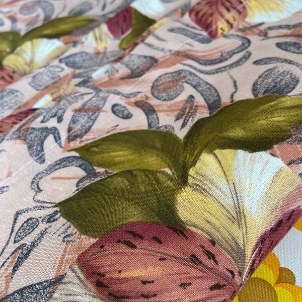 440cms ~ Large UNUSED Vintage Cotton FABRIC Large Floral Print