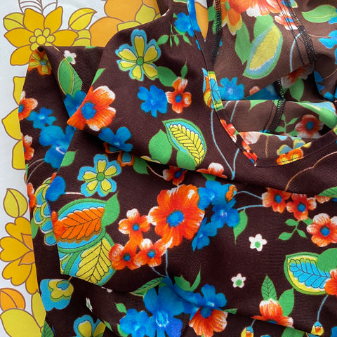 Cute Vintage Retro Floral Dress Photo Shoot 70's Browns