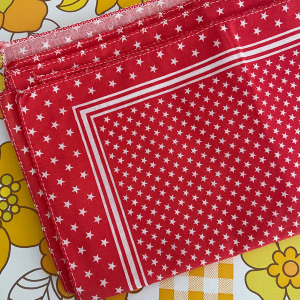 UNUSED Vintage Napkins Serviettes RED STAR Cotton x 6