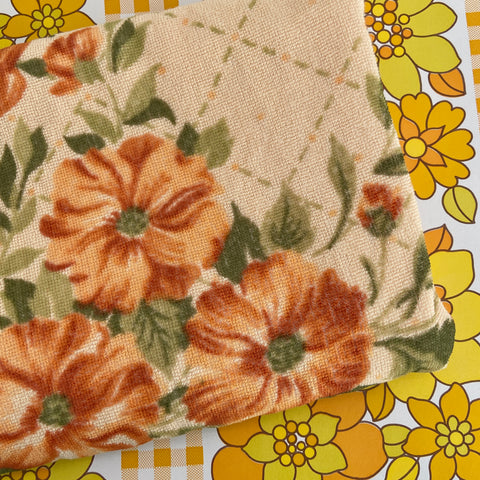 Beautiful Vintage Large Bath TOWEL Brown Floral PRINT
