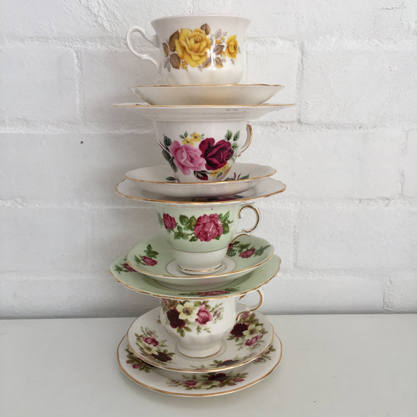 SWEET Vintage Queen Anne Made in England Trio Tea Set