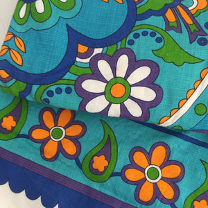 AMAZING Bright LINEN Retro Table Cloth BOLD Print Kitchen Tablecloth
