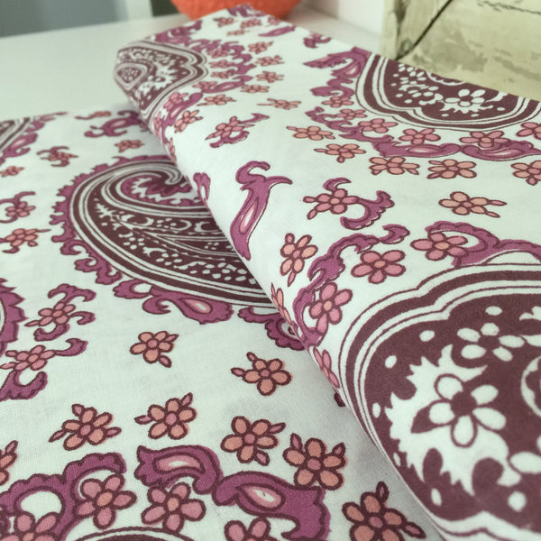 CRISP UNUSED VINTAGE Cotton Sheets x ONE PAISLEY Print FAB FABRIC - Pink Peacock  - 3
