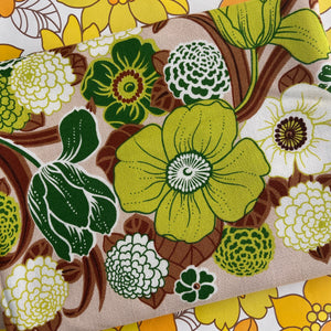 UNUSED Vintage Green Floral Table Cloth 70'S CHIC