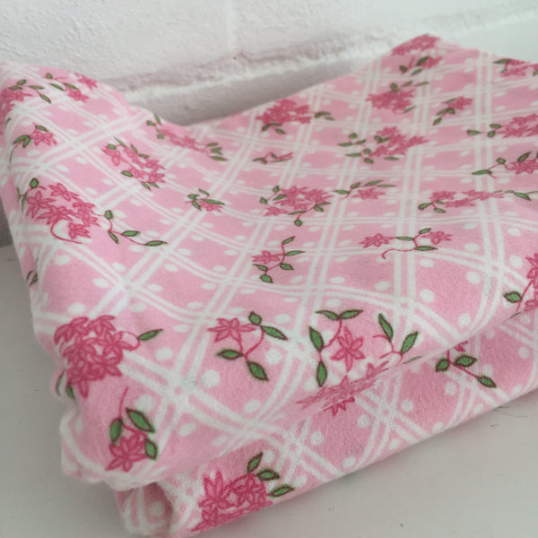 UNUSED Flannelette PiIlow Cases Vintage Very Pretty