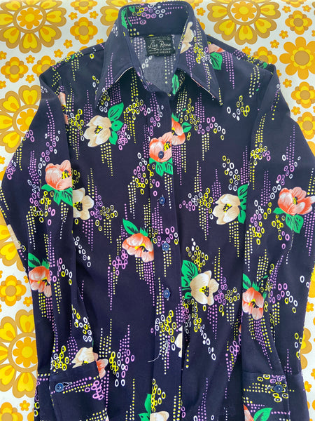 70's SHIRT Long SLEEVE Very COOL Floral Love the PRINT Vintage