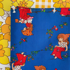 ALL COTTON Vintage FABRIC Bright DOLLY Children's 70's