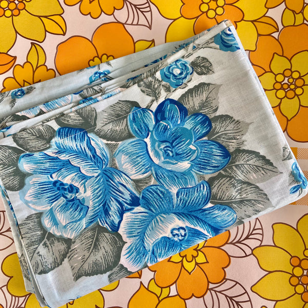 CRISP Pair of VINTAGE Pillow CASES Cotton UNUSED Blue
