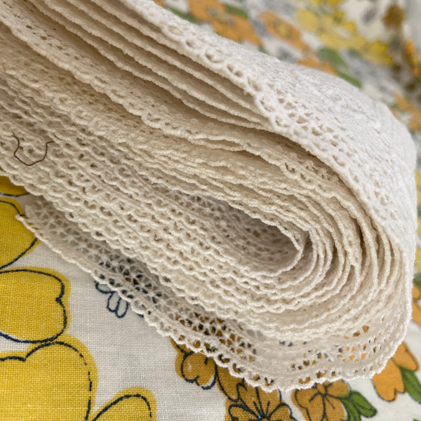 STUNNING Vintage LACE Dainty Craft Sewing LARGE BUNDLE