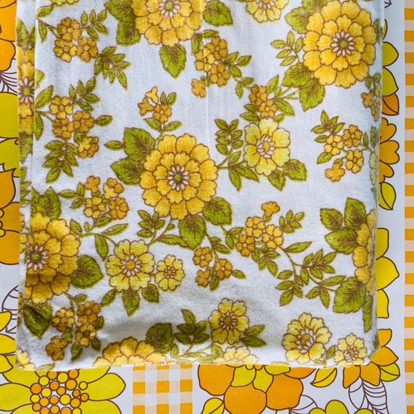 UNUSED Flannelette SHEET Fabric 70's Yellow Floral RETRO Vintage