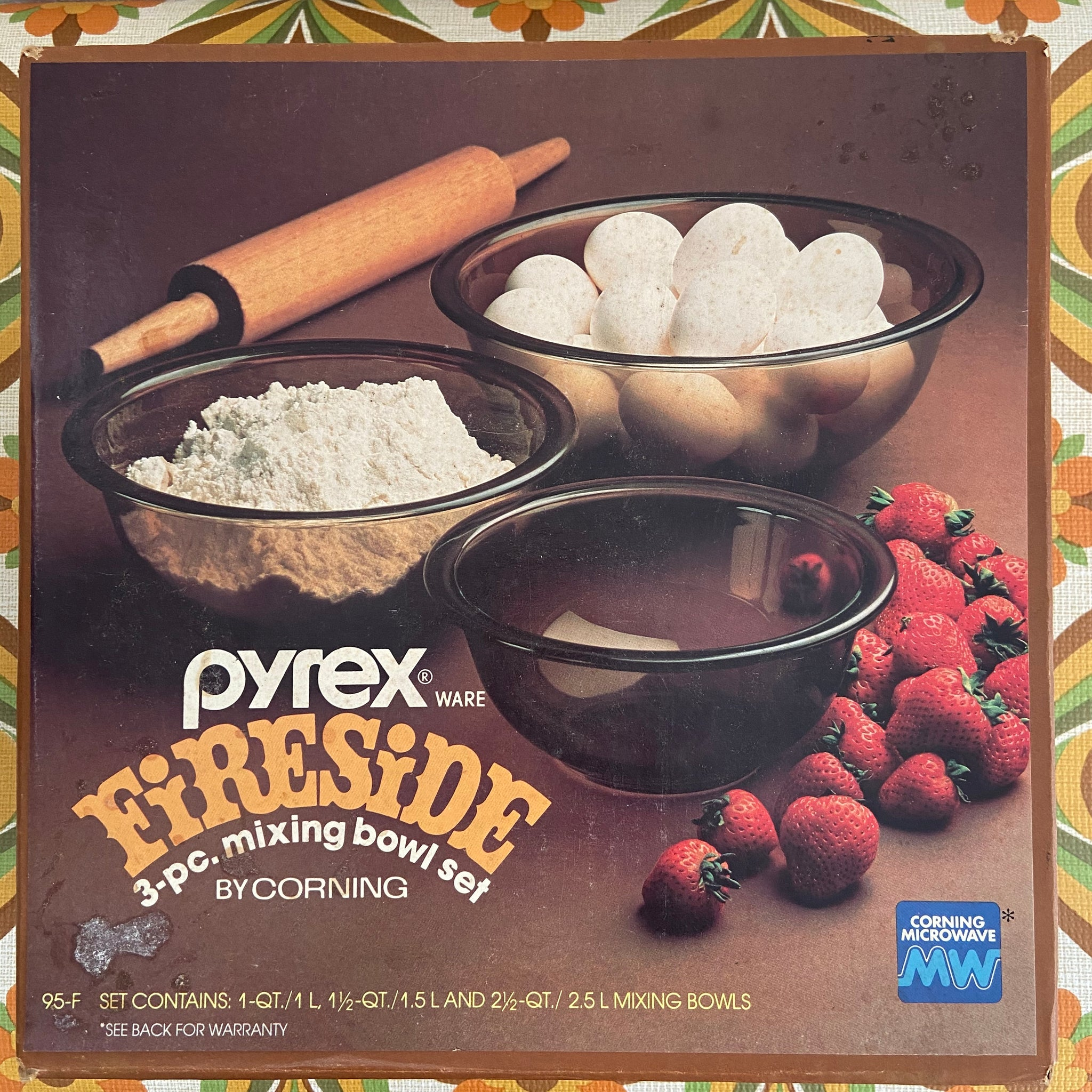 PYREX Retro BOXED Fireside Mixing Bowl Set Brown 70's Kitchen