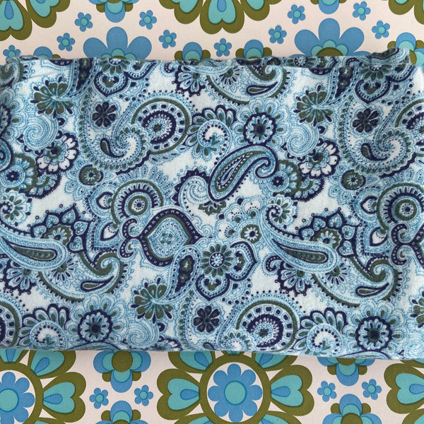 250cms Cute PAISLEY Flanelette FABRIC Unused Vintage Condition