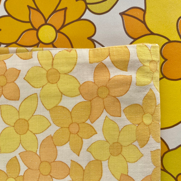 Yellow & Orange Floral Cotton Vintage Quilt COVER SEWING Craft RETRO
