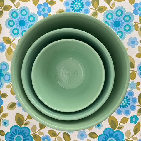 Fowler Ware Bowls Nesting Green Vintage Country Kitchen