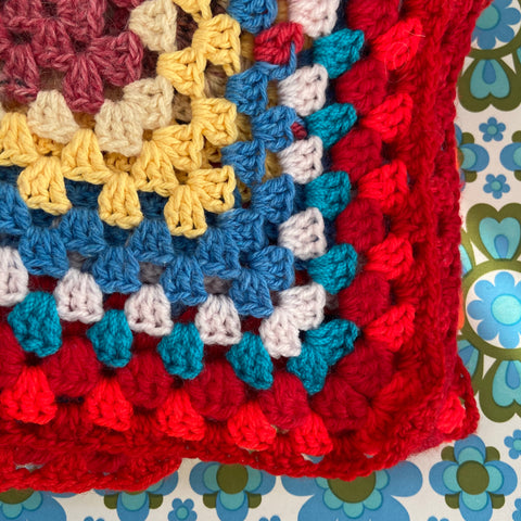 Knitted BLANKET Bright Retro Home Caravan Camping
