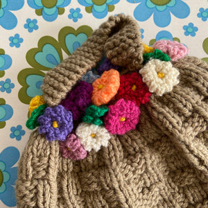 TEA Pot Cosy UNUSED Cute Floral Design KNITTED