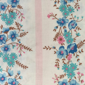 Cute Cotton Sheet FABRIC Pretty Floral Print Sewing