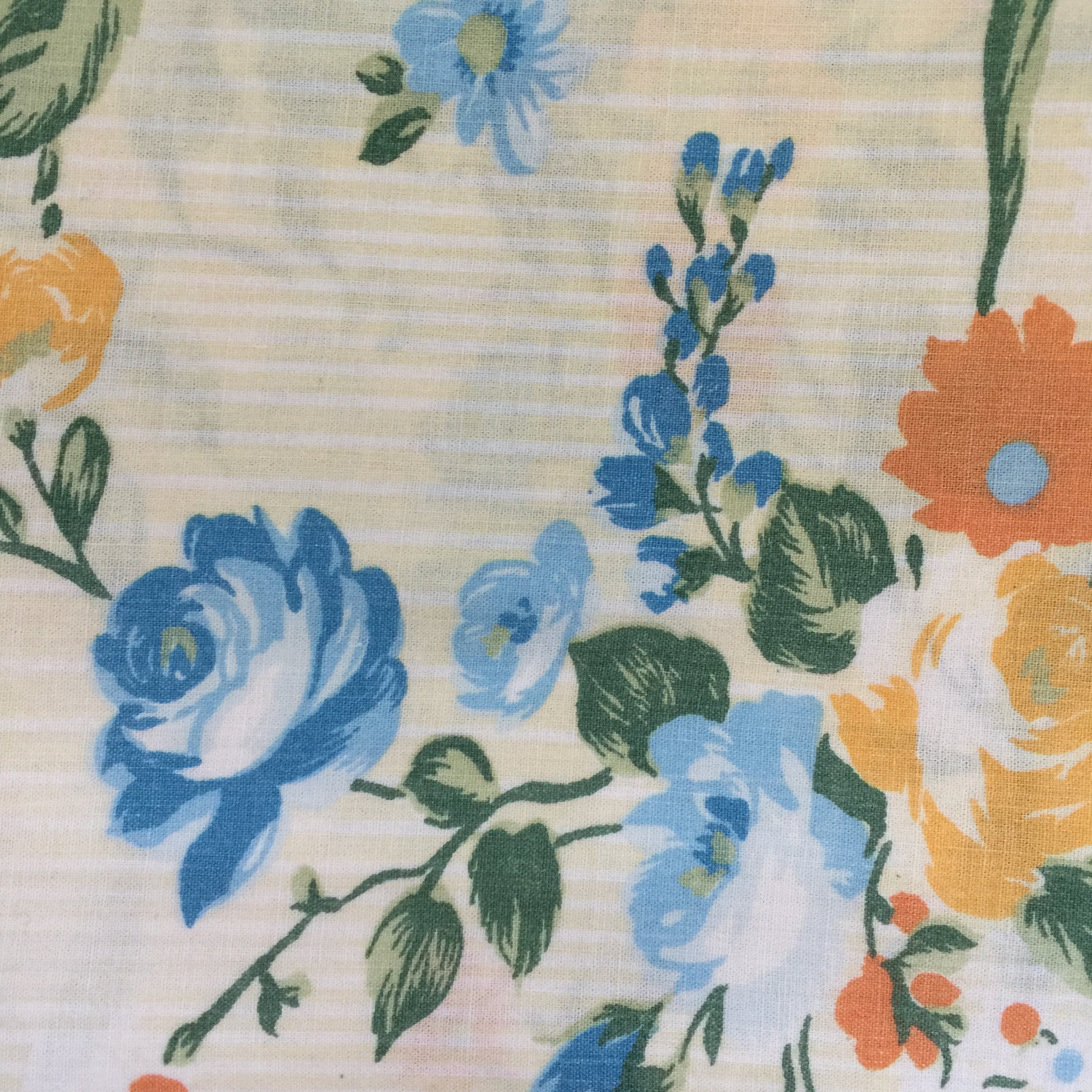 Vintage Cotton Sheet FLORAL Fabric Craft Sewing Cute