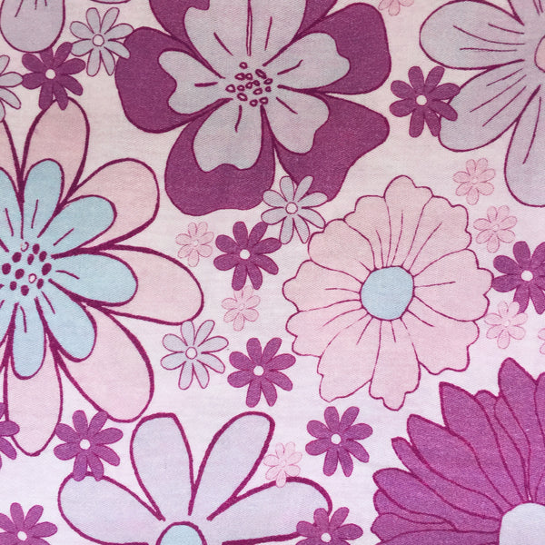 150cms Wide Fabulous Cotton Fabric Floral Retro Design ~ Quilting ~ Sewing ~ Craft