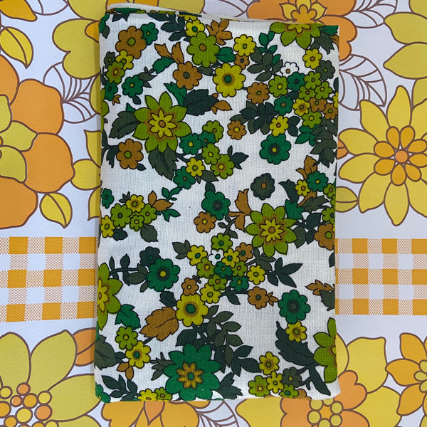 Green Retro Fabric Craft Sewing Bags Cushions SEWING